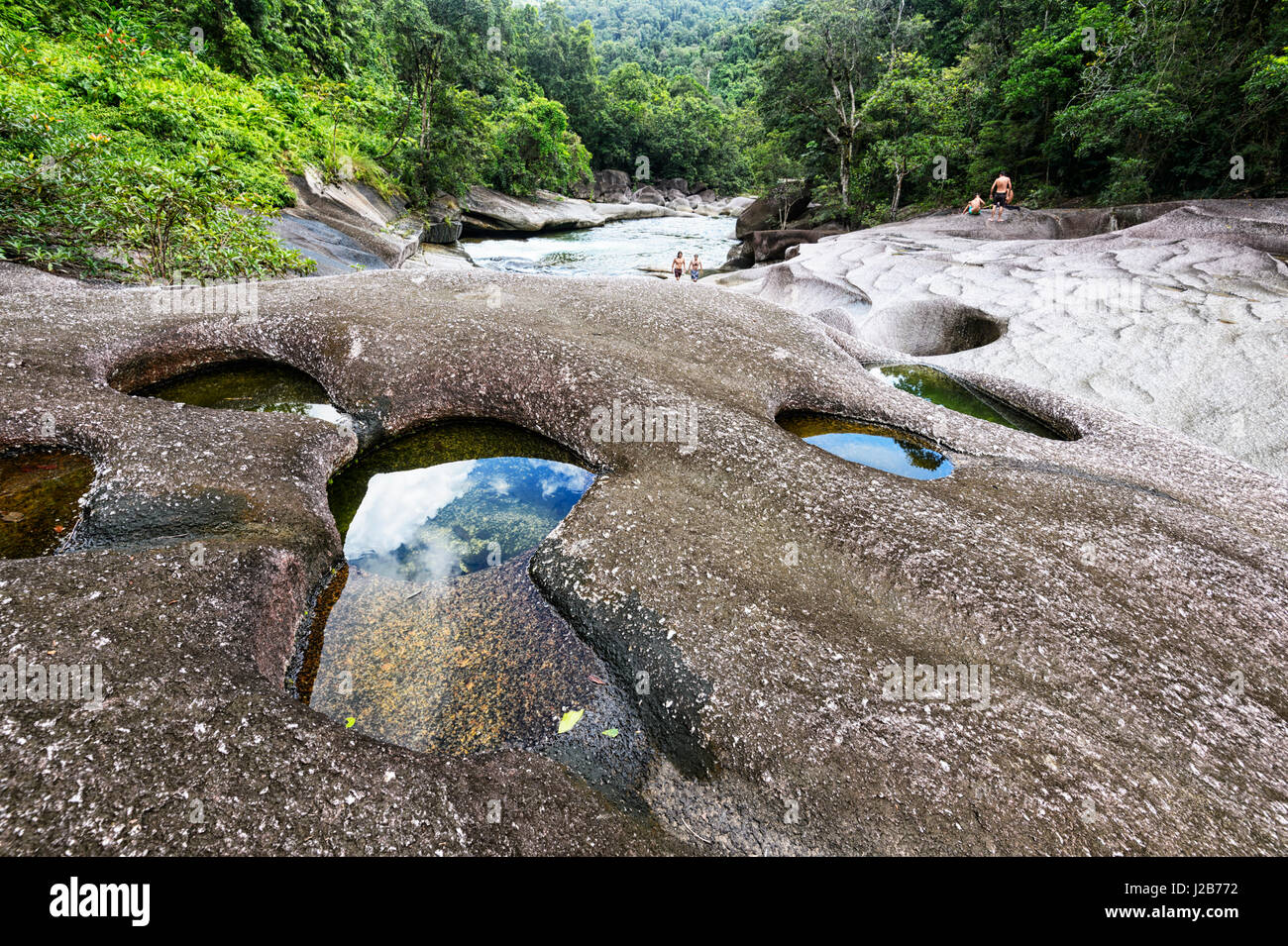 Babinda Boulders, une attraction touristique populaire et la place, près de Cairns, Queensland, Queensland, Photo Stock