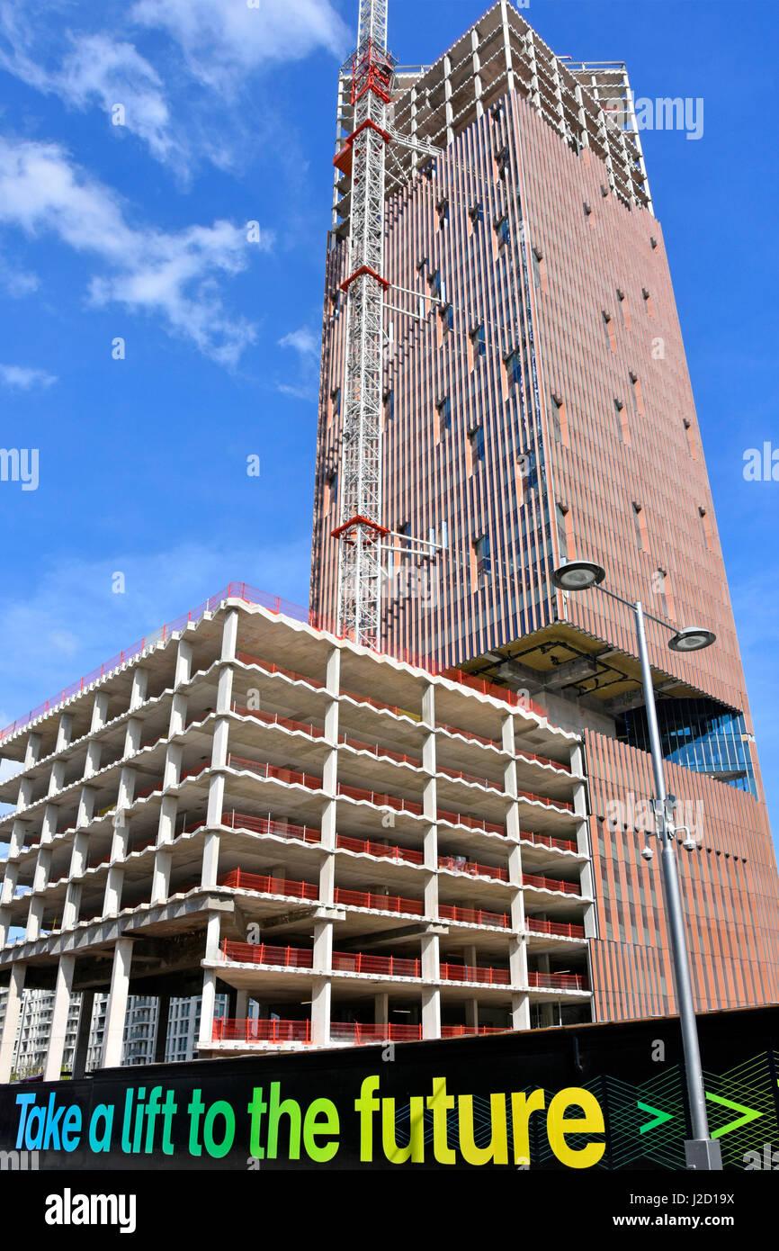 La thésaurisation de la publicité autour de l'avenir de la construction de logements et maisons de vacances urbaines Banque D'Images
