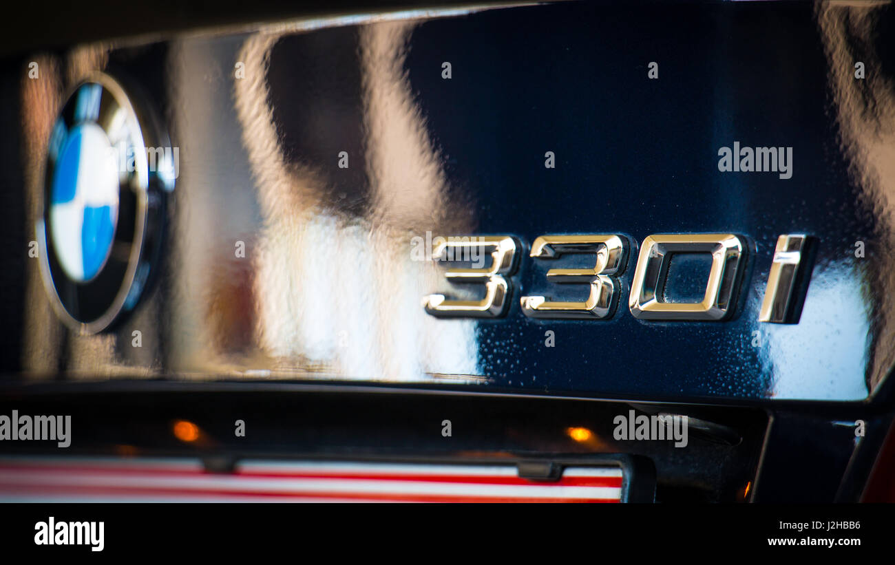 Bmw 3 Series E92 Full Hd Fond D Ecran 4k Uhd Monaco Blue M Sport Package Photo Stock Alamy