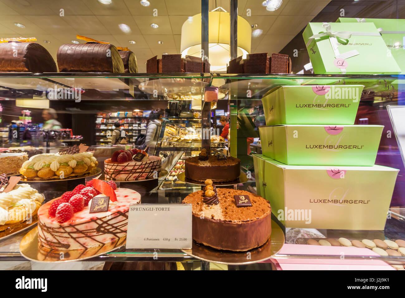 La Suisse, le canton de Zurich, Zurich, Sprüngli, pâtisserie, chocolat,  gâteau, Sprüngli Luxemburgerli