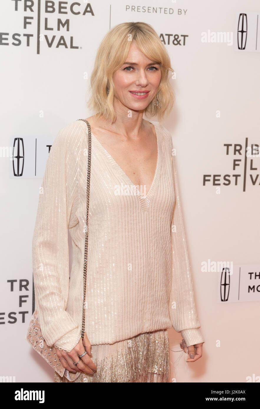 New York, États-Unis. Apr 28, 2017. New York, NY USA - 28 Avril 2017: Naomi Watts assiste à la première Photo Stock