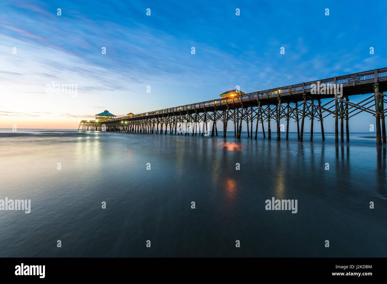 Folly Beach Pier Photos & Folly Beach Pier Images - Alamy