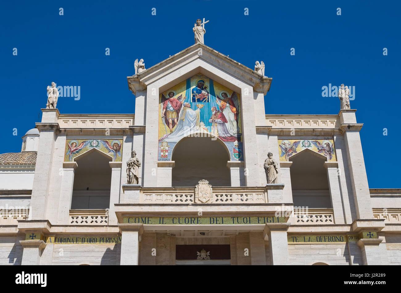 Manfredonia photos manfredonia images alamy - Port des pouilles ...