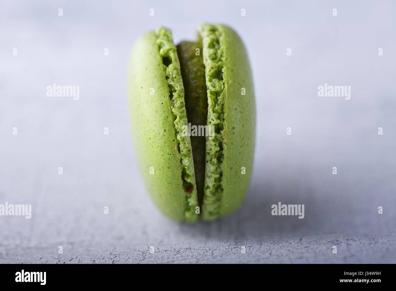 Biscuits aux amandes macarons français Photo Stock