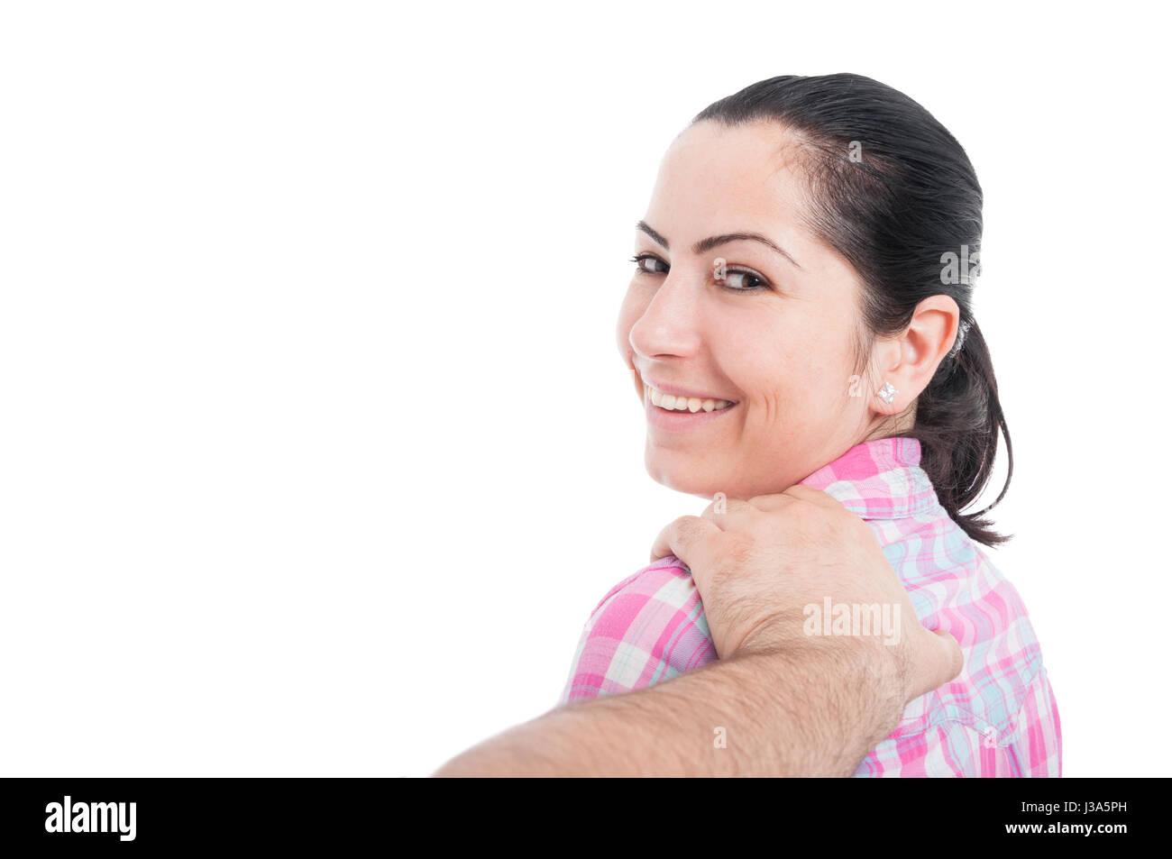 Homme étonnant de son amant derrière isolé sur blanc avec zone publicitaire Photo Stock