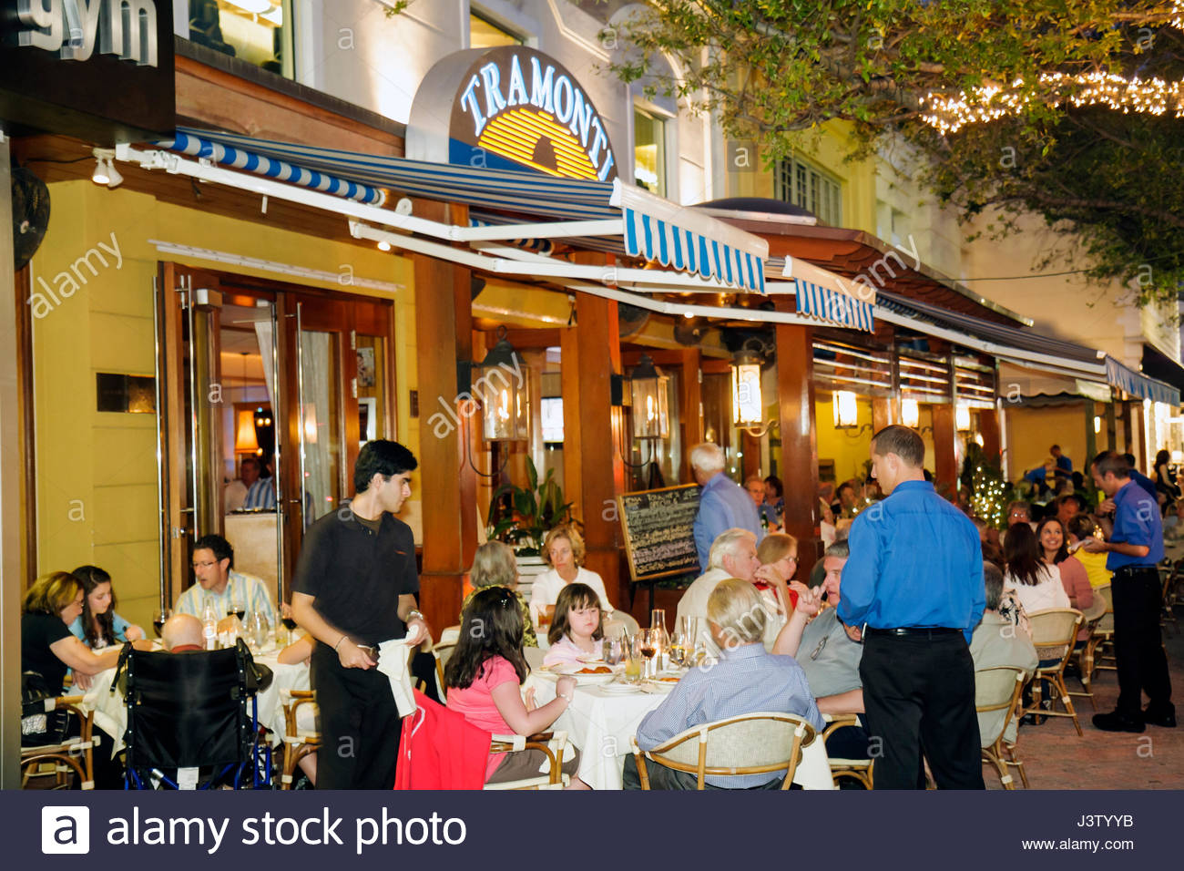 F Floride Delray Beach Atlantic Avenue Restaurant Row Tramonti à 119 entreprises italiennes dîner à Photo Stock