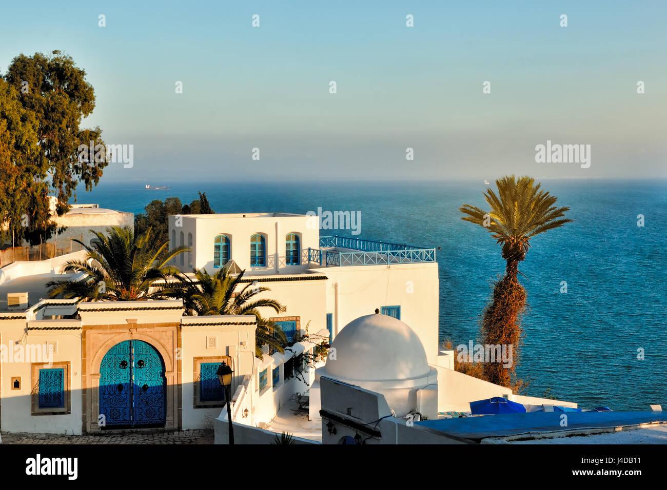 Vue du coucher de Sidi Bou Said, Afrique, Afrique du Nord, Tunisie, Sidi Bou Said Photo Stock