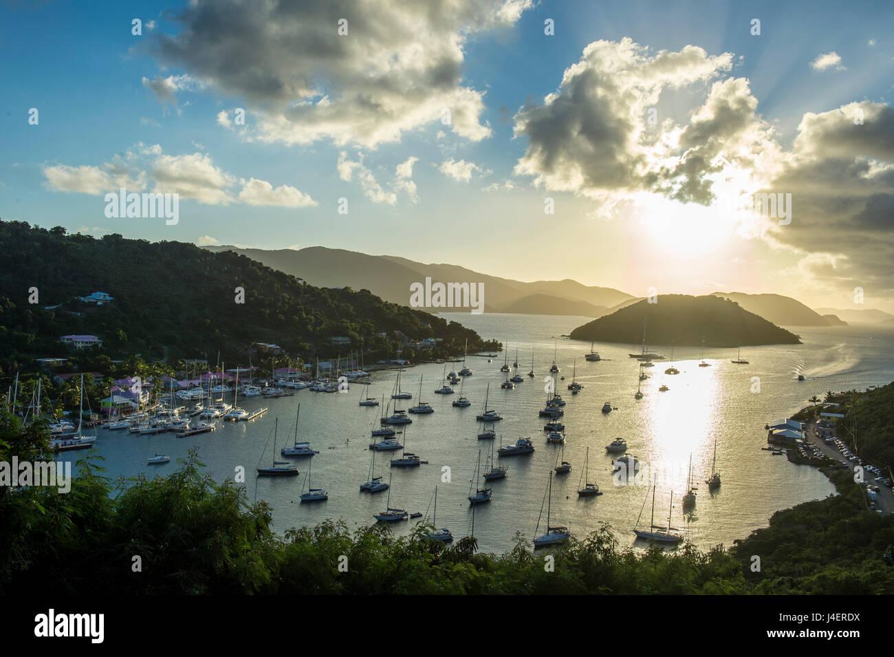 Bateau à voile port sur l'extrémité ouest de Tortola, Îles Vierges britanniques, Antilles, Photo Stock