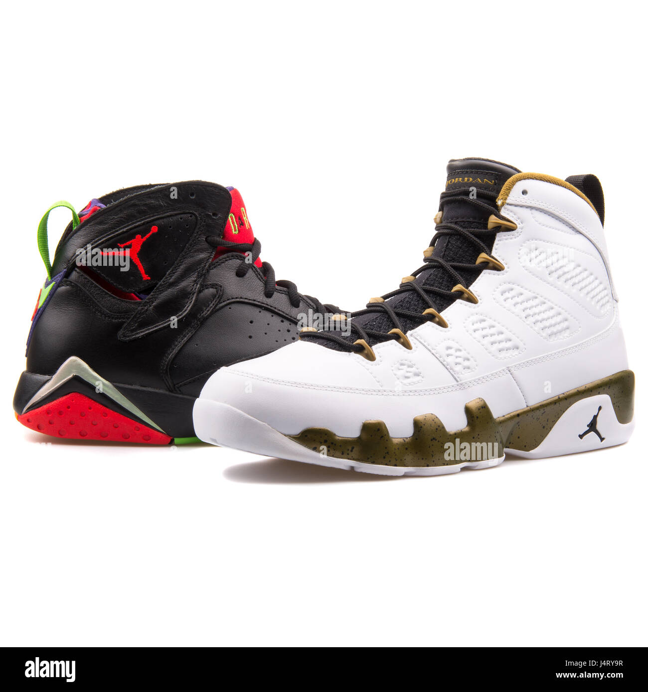 Air Nike Sur Jordan Basket Ball Blanc Chaussures De Fond Pile mwv80yONn