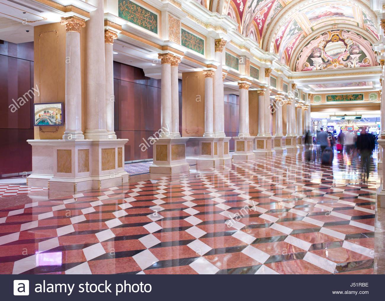 Plafond banque casino desserte billot roulette