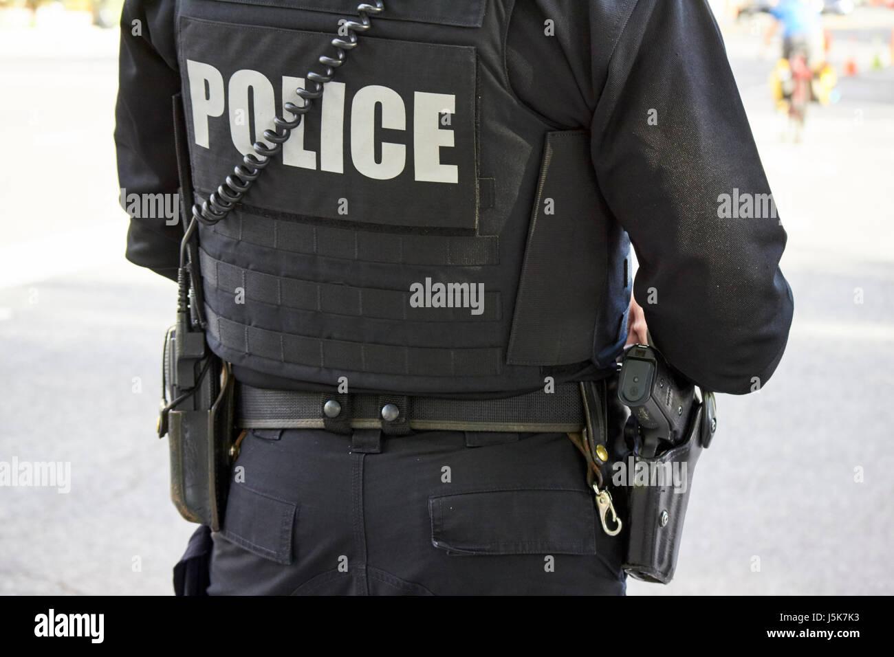 United States Secret Service Agent de police en uniforme, armés de revolver et gilet pare-balles et de tactique Photo Stock