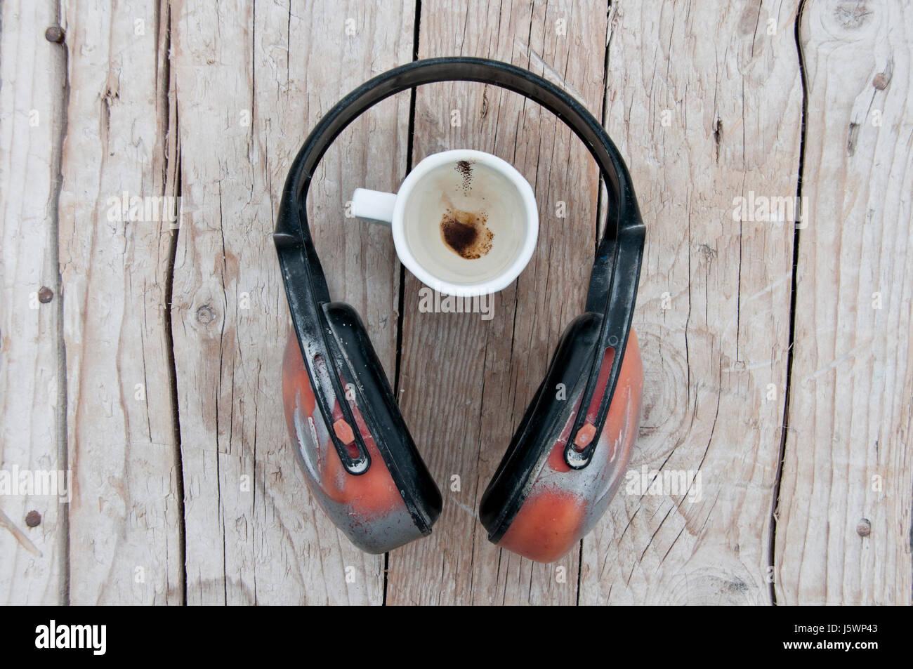 Prise casque et une tasse de café Photo Stock