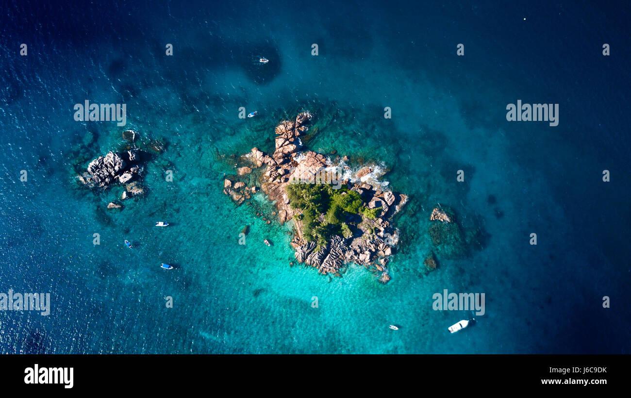 Vue aérienne de l'île, les Seychelles Ille Pierre Photo Stock