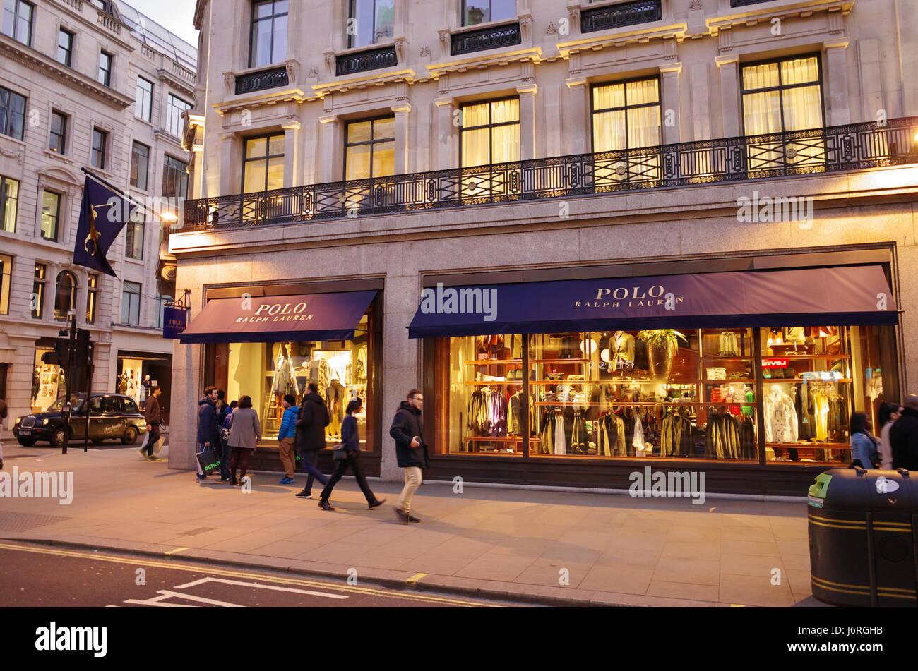 POLO RALPH LAUREN designer un magasin de vêtements sur Bond Street, London,  UK 77bfeb4e01a