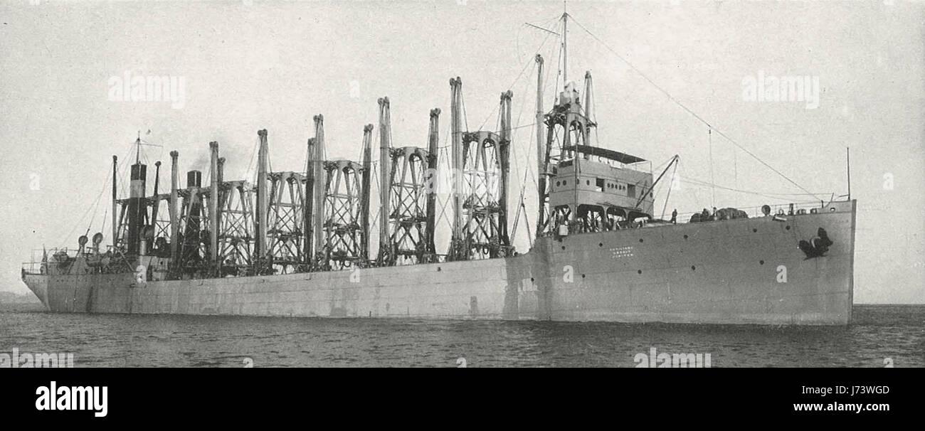 Le Collier Jupiter, vers 1915. Le Jupiter a treize à cargaison et sa capacité est 12 500 tonnes de charbon Photo Stock