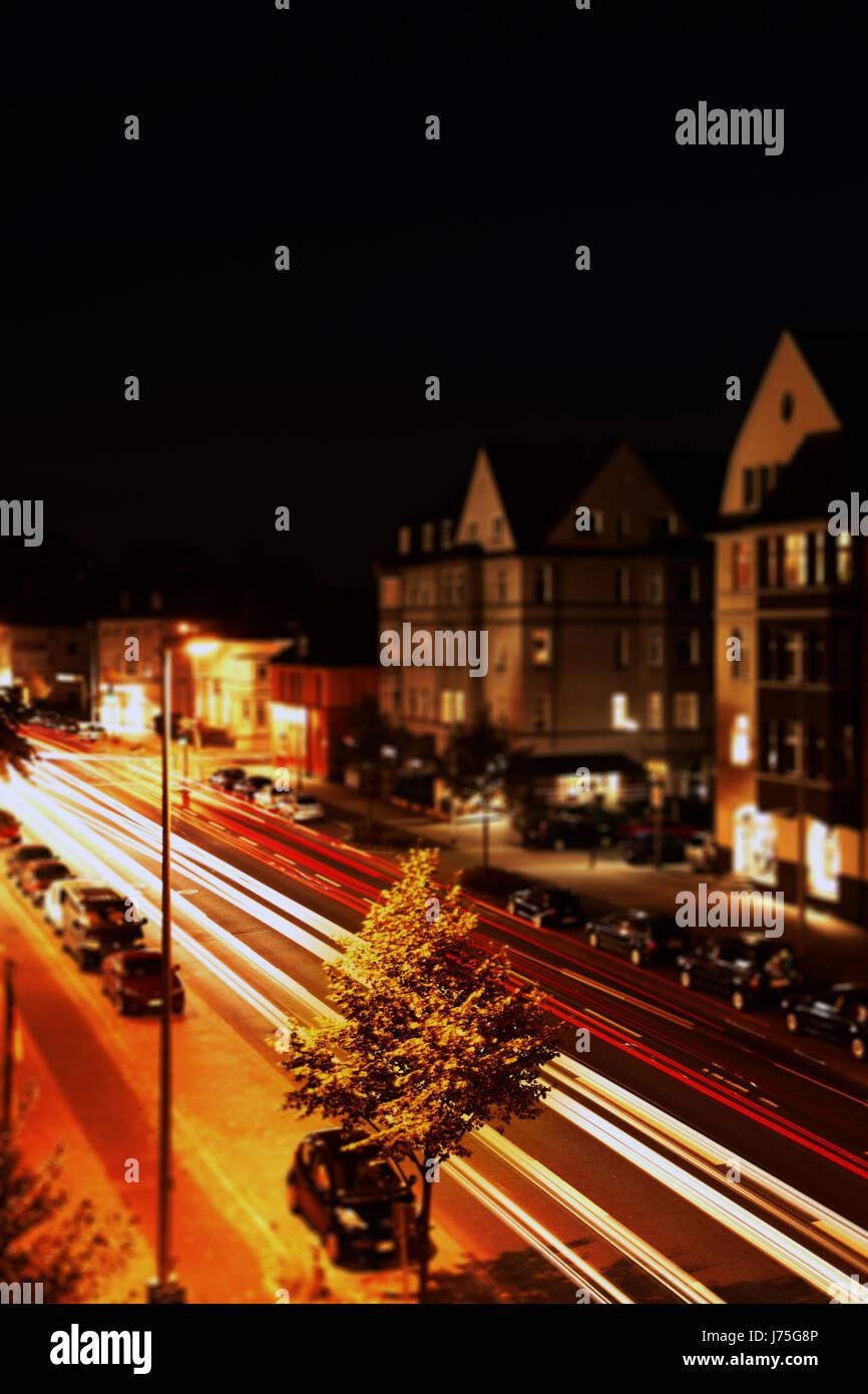 La nuit la nuit l'exposition à long terme flou lanterne fast motion street road Banque D'Images