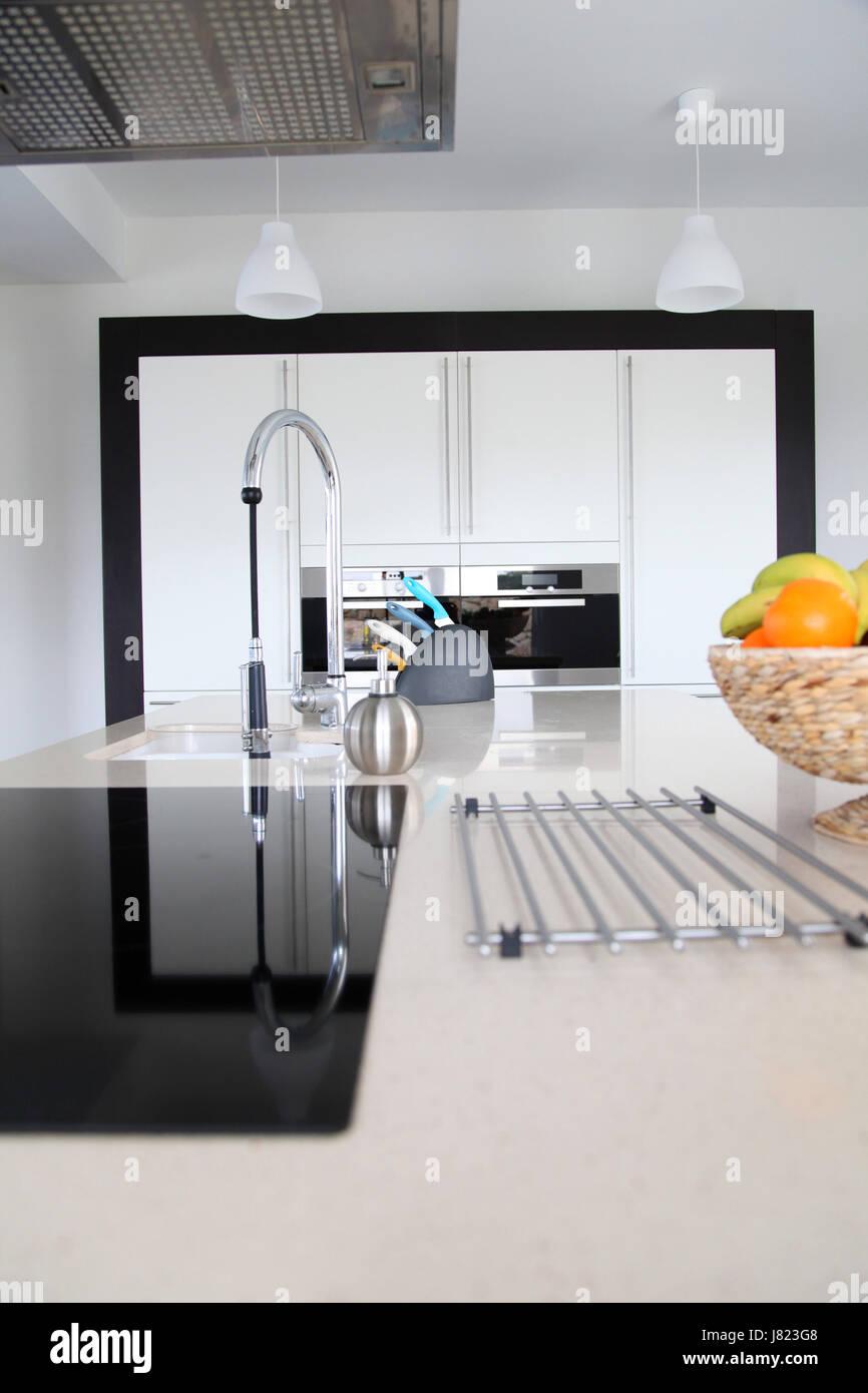 La modernité moderne prix nouveau décor intérieur cuisine ...