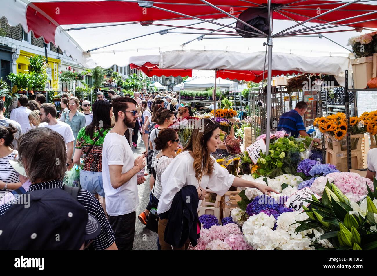 Columbia Road Flower Market - marché du Dimanche très populaire dans la région de East London Photo Stock