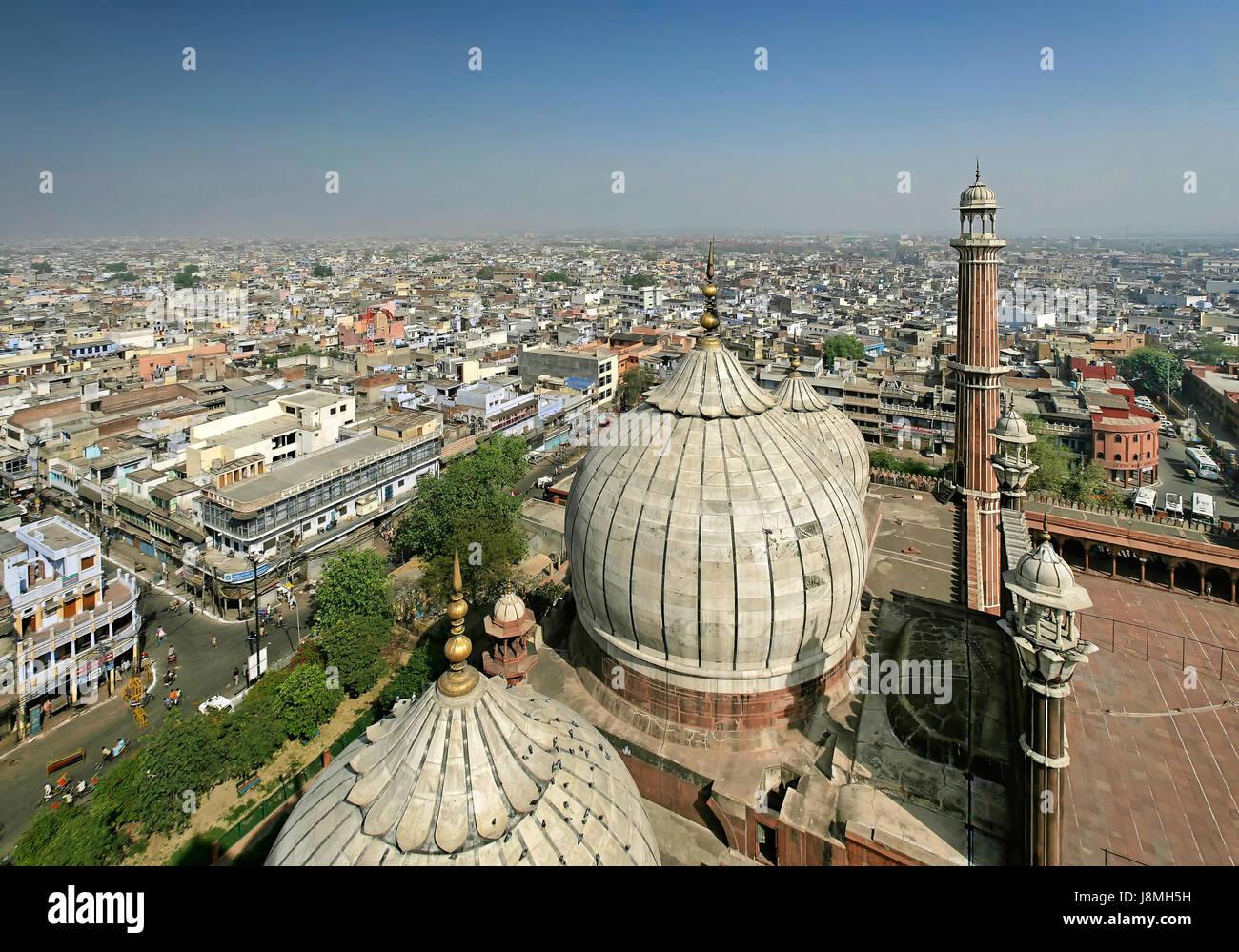 Vue d'un minaret de la mosquée Jama Masjid de Delhi, Inde. Photo Stock