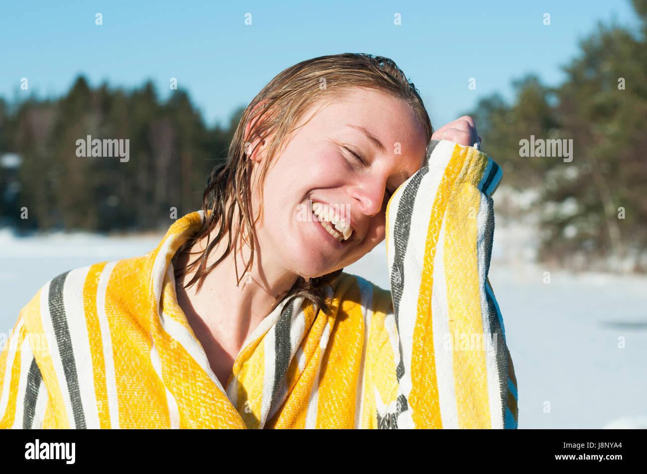 Portrait of woman wearing bathrobe Banque D'Images