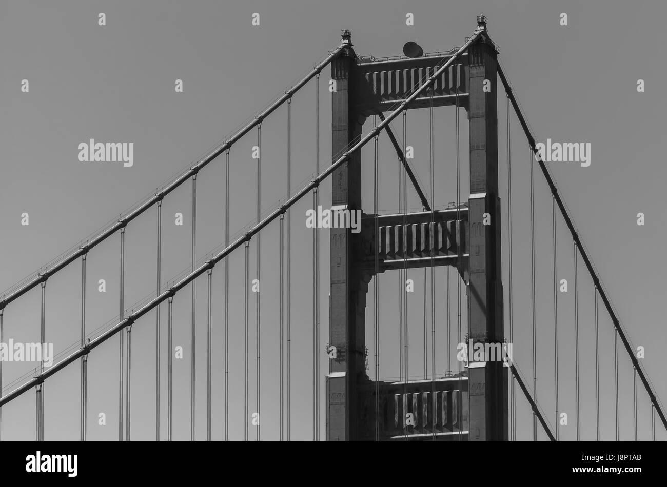 Un gros plan sur les structures de l'emblématique pont du Golden Gate à San Francisco, USA Photo Stock