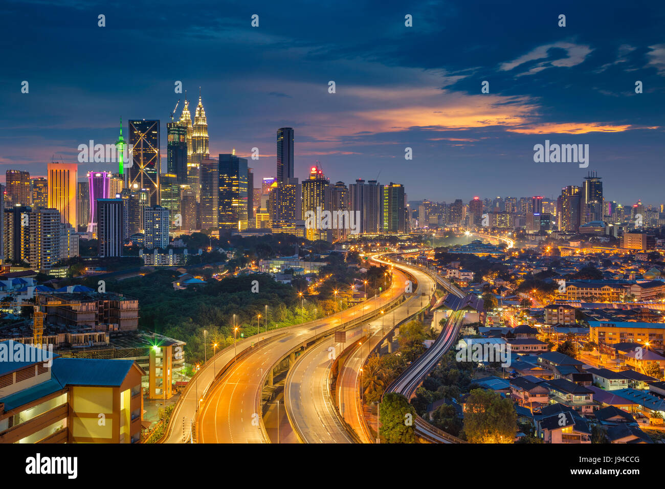 Kuala Lumpur. Cityscape image de Kuala Lumpur, en Malaisie, au coucher du soleil. Photo Stock