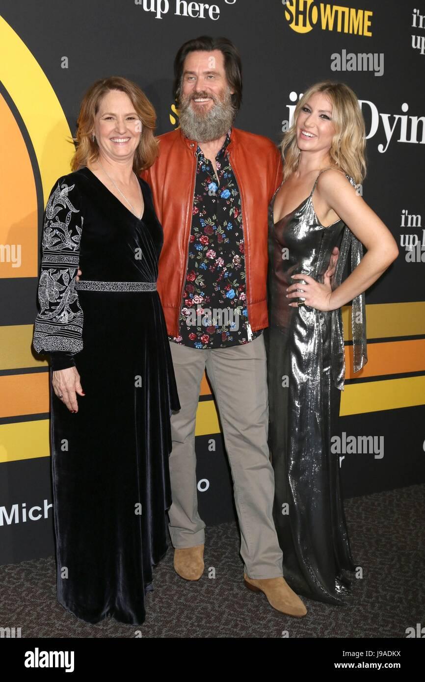 Melissa Leo, Jim Carrey, Ari Graynor aux arrivées pour Showtime's Je suis en train de mourir jusqu'ici Photo Stock