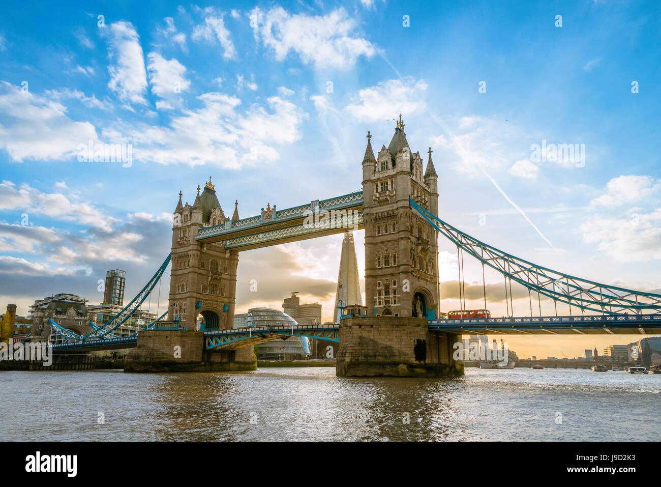 Tower Bridge sur la Tamise, Londres, Angleterre, Royaume-Uni Photo Stock