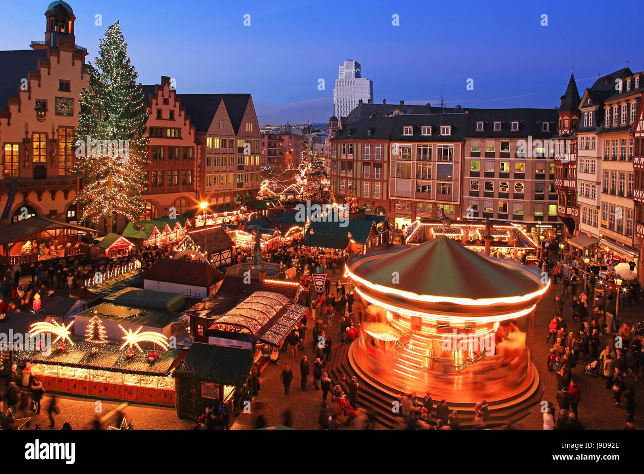 Foire de Noël sur la place Roemerberg, Frankfurt am Main, Hesse, Germany, Europe Photo Stock