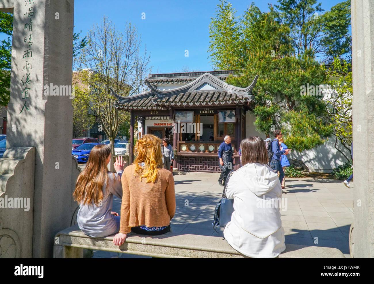 La vente des billets au kiosque de jardin chinois à Portland - Portland - OREGON - 16 AVRIL 2017 Banque D'Images
