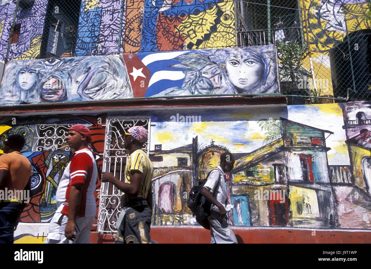 Cuba La Havane,,Center,Callejon de moutons,façades,Peinture,les passants, pas de modèle libération, Photo Stock