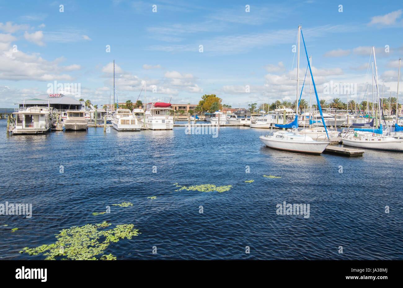Sanford Florida Marina Bateaux Île lac Monroe pour les touristes Marina Harbour Banque D'Images