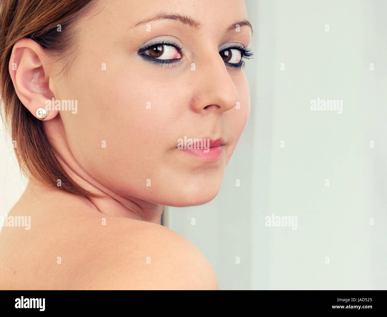 Frau Frisur Junge Frau Maquillage Maquillage Schminke Look