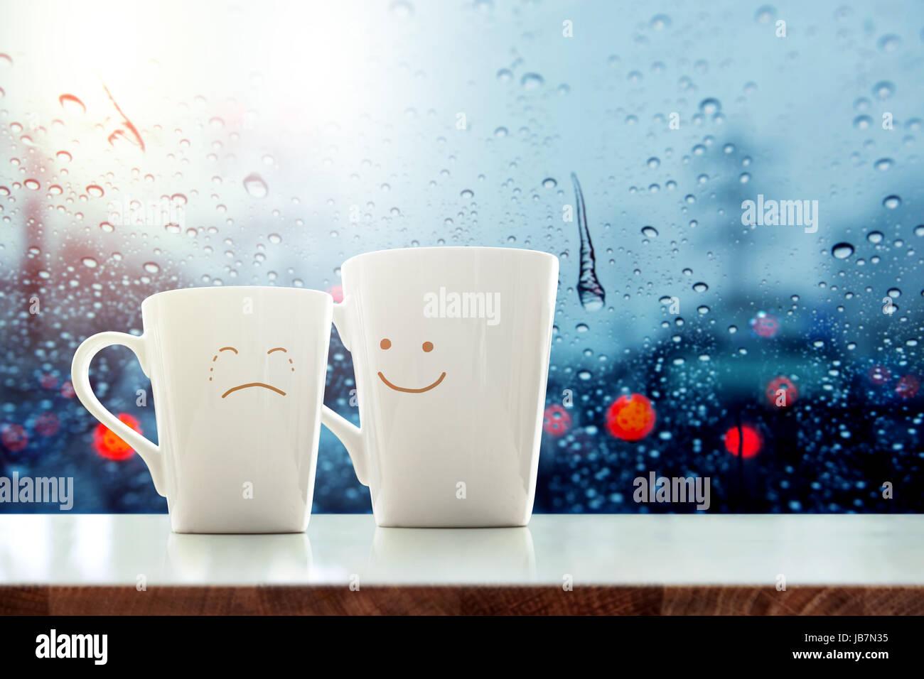 """""""C'est ok' concept, ami de tasse à café avec tristesse visage en pleurs cartoon et gentillesse Photo Stock"""