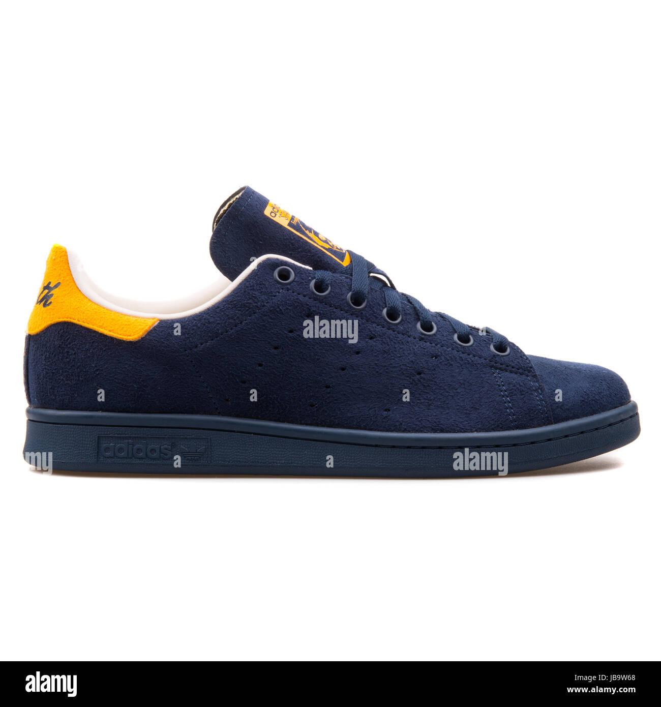 chaussures de sport 18b7a 82d56 Adidas Stan Smith Bleu Marine jaune et de chaussures de ...