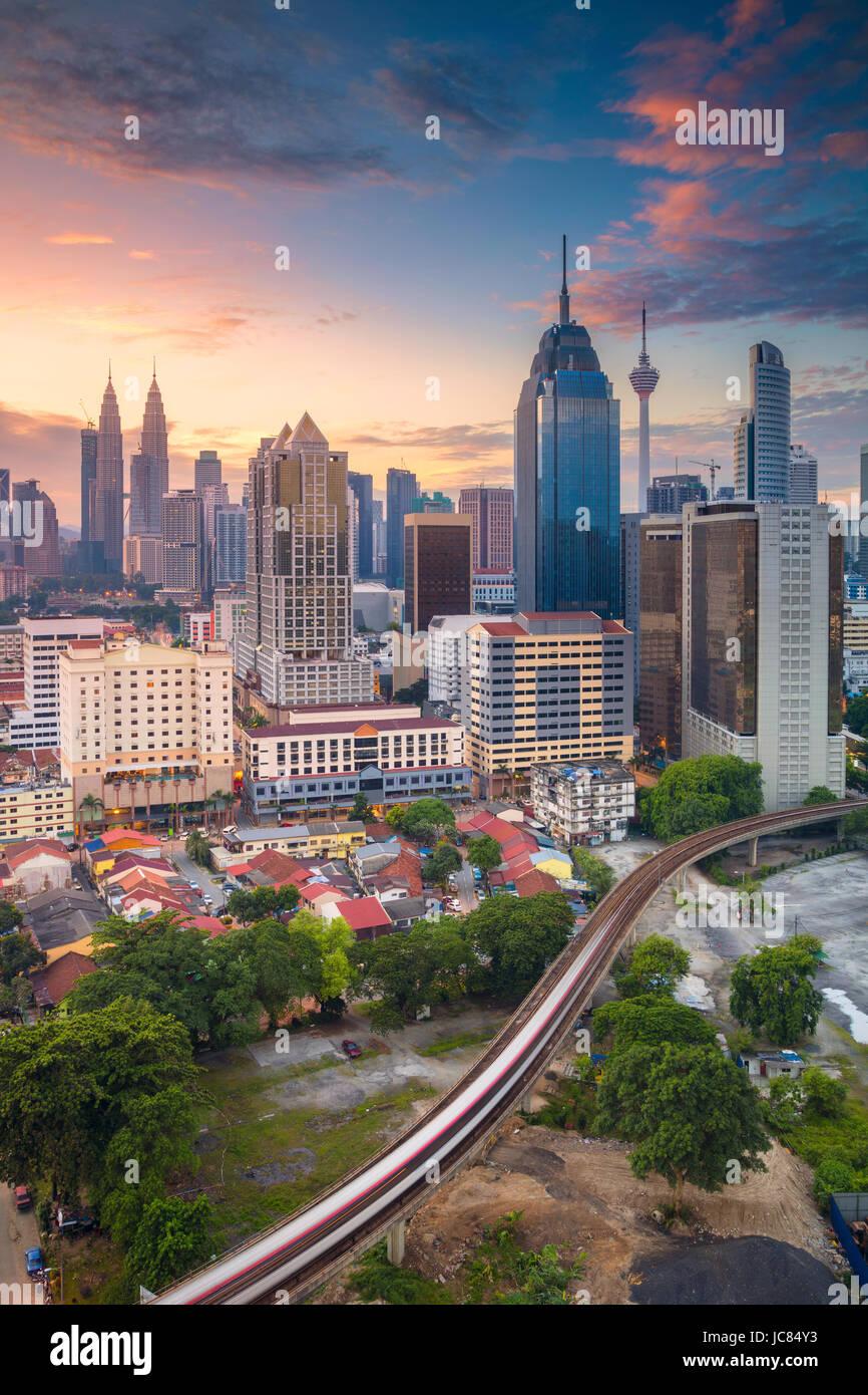 Kuala Lumpur. Cityscape image de Kuala Lumpur, Malaisie pendant le lever du soleil. Photo Stock