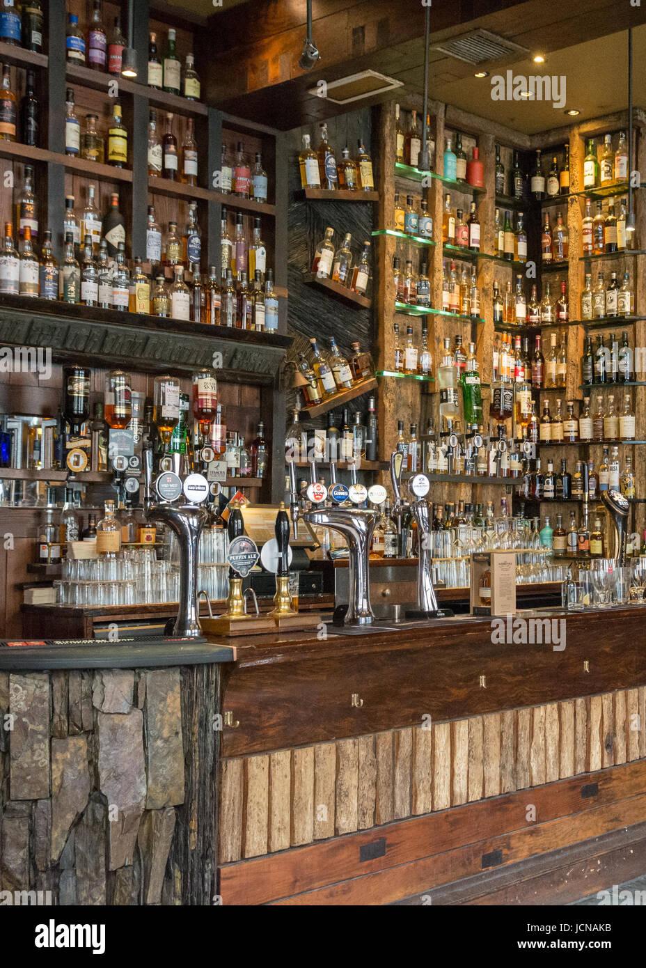 Le Ben Nevis, pub, bière et whisky bar, rue Argyle, Finnieston, Glasgow, Écosse, Royaume-Uni Photo Stock
