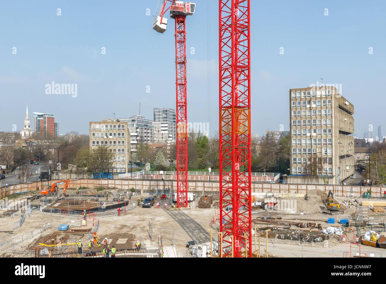 Londres, Royaume-Uni - 27 mars 2017: construction site de Blackwall Reach, un nouveau développement immobilier dans la région de East London Banque D'Images