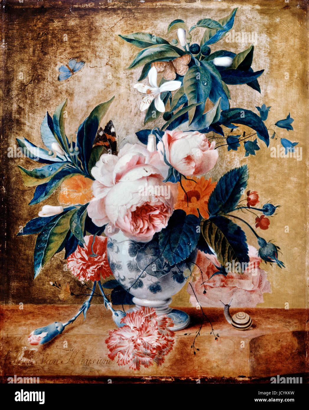 Jan van Huysum, un vase de Delft avec des fleurs. Circa 1730. Huile sur panneau. Dulwich Picture Gallery, Londres, Angleterre. Banque D'Images