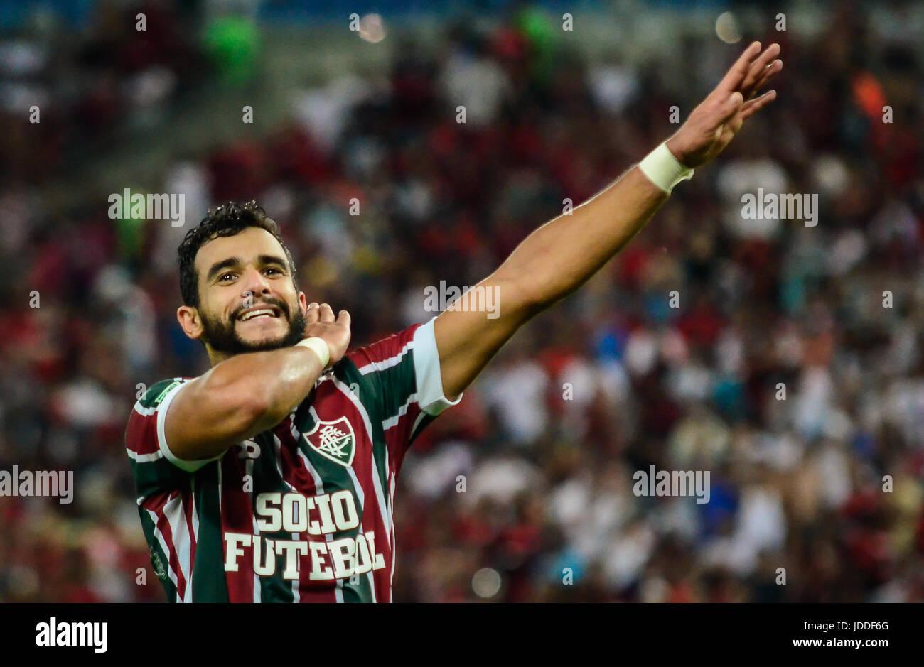 RIO DE JANEIRO, RJ, 18.06.2017 - FLAMENGO - FLUMINENSE-Atacante Henrique Dourado comemora o segundo gol, la cobrança Photo Stock