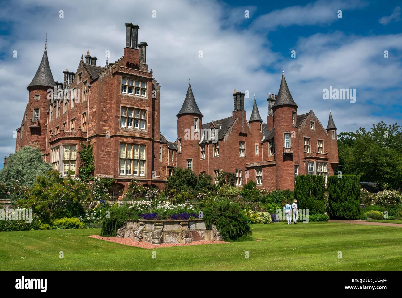 tyninghame house manoir de style baronial cossais victorien et jardins east lothian scotland. Black Bedroom Furniture Sets. Home Design Ideas