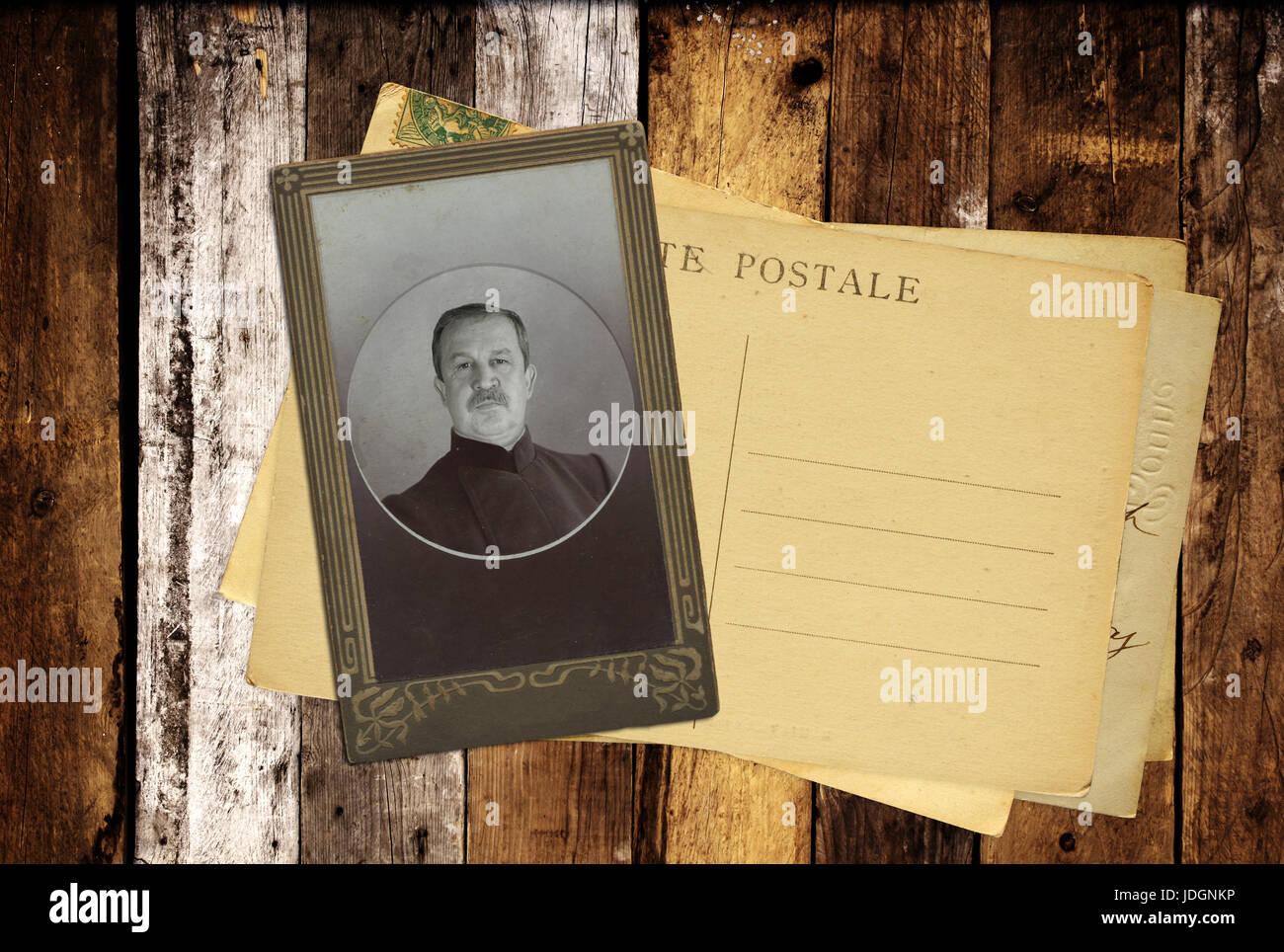 Cartes Postales Anciennes Et De Photos Rtro Sur Vieilles Planches En Bois Linscription La Carte Visite