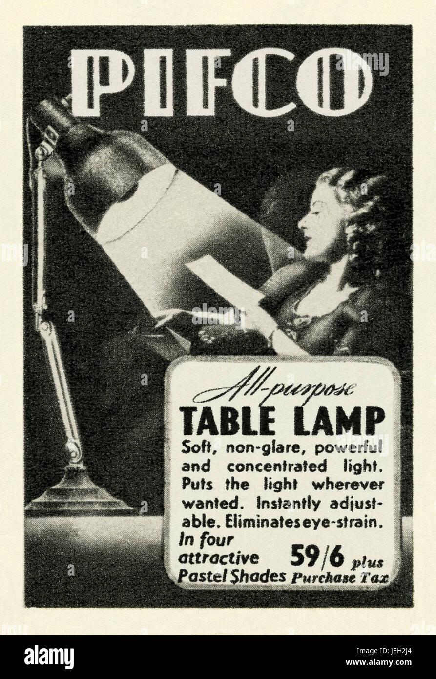 Dans une publicité pour un Pifco table ou lampe de lecture - il est apparu  dans 52cfbcb6cde