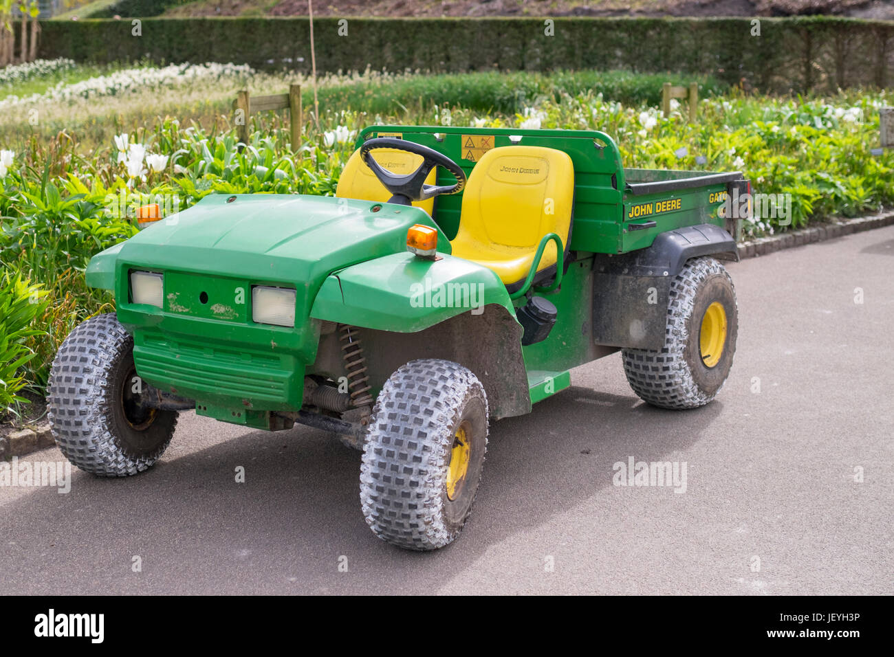 john deere gator 4x2 banque d'images, photo stock: 146894266 - alamy