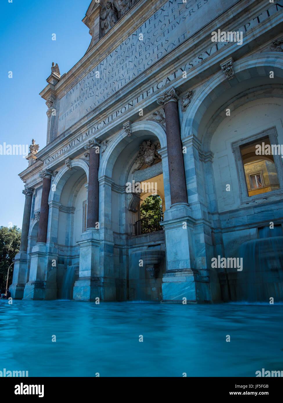 Fontana dell'Acqua Paola a également connu comme il Fontanone ('la grande fontaine') situé sur le Janicule, à Rome, Italie Banque D'Images
