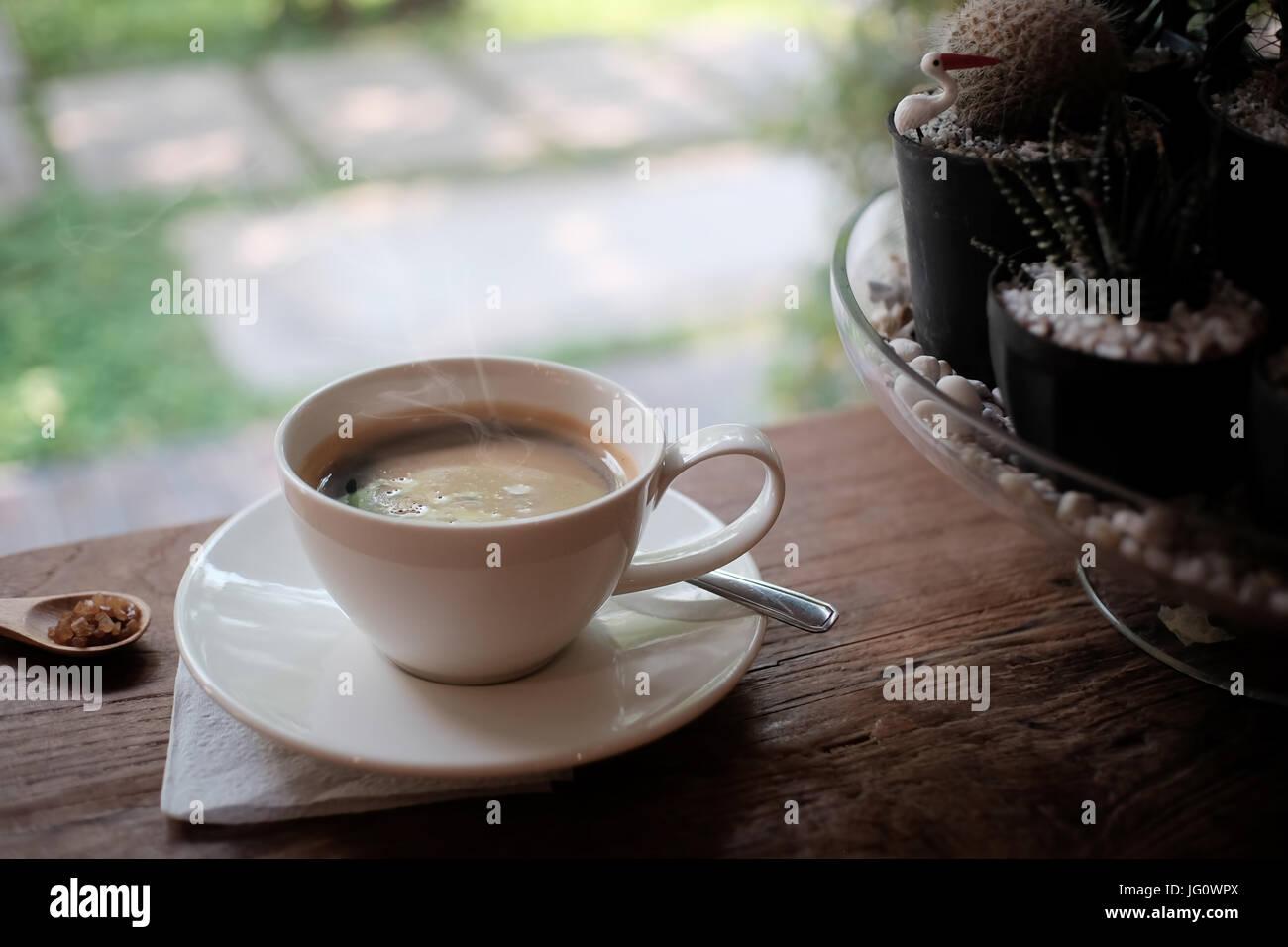 Tasse de café americano, café matin concept. Photo Stock