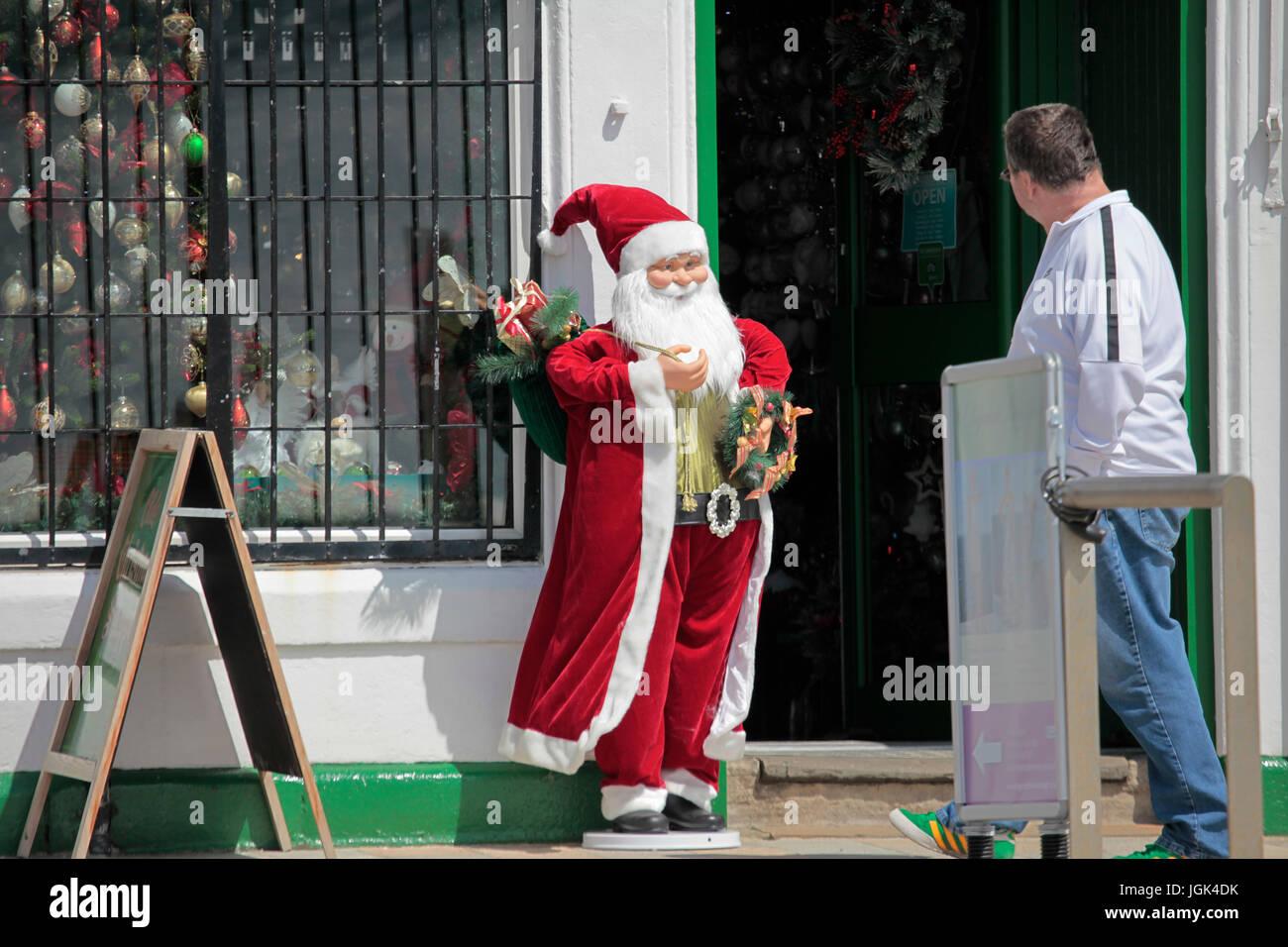 Helensburgh 8 juillet 2017. Santa bénéficie d'un peu de soleil dans l'Ecosse enfin, bien que la Photo Stock
