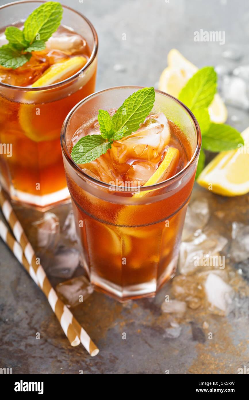 Thé au citron glacé traditionnel Photo Stock