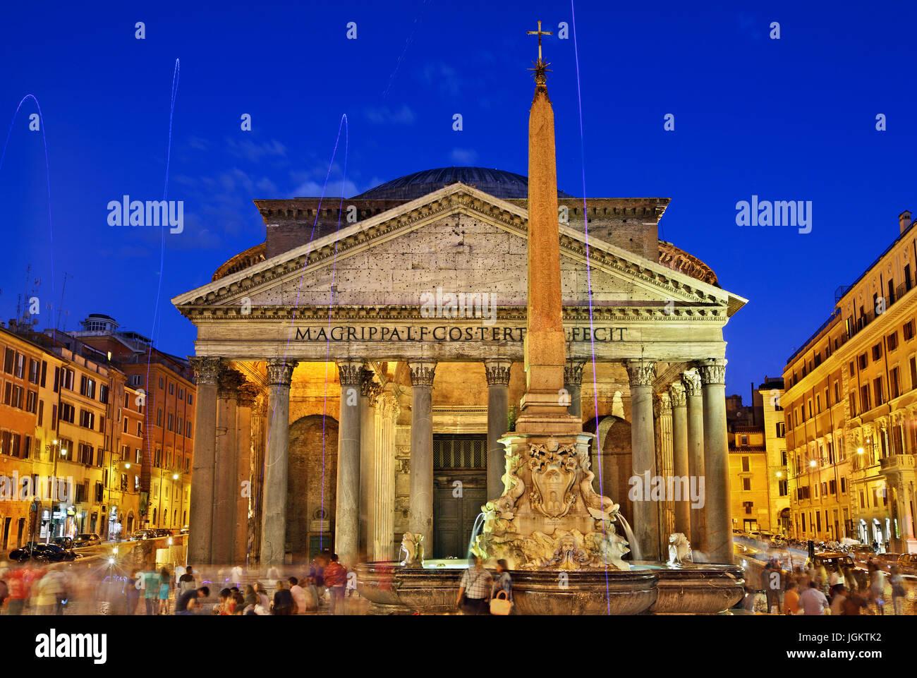 Le panthéon ancien temple romain, maintenant une église de ST. Mary et les martyrs (chiesa Santa Maria Photo Stock