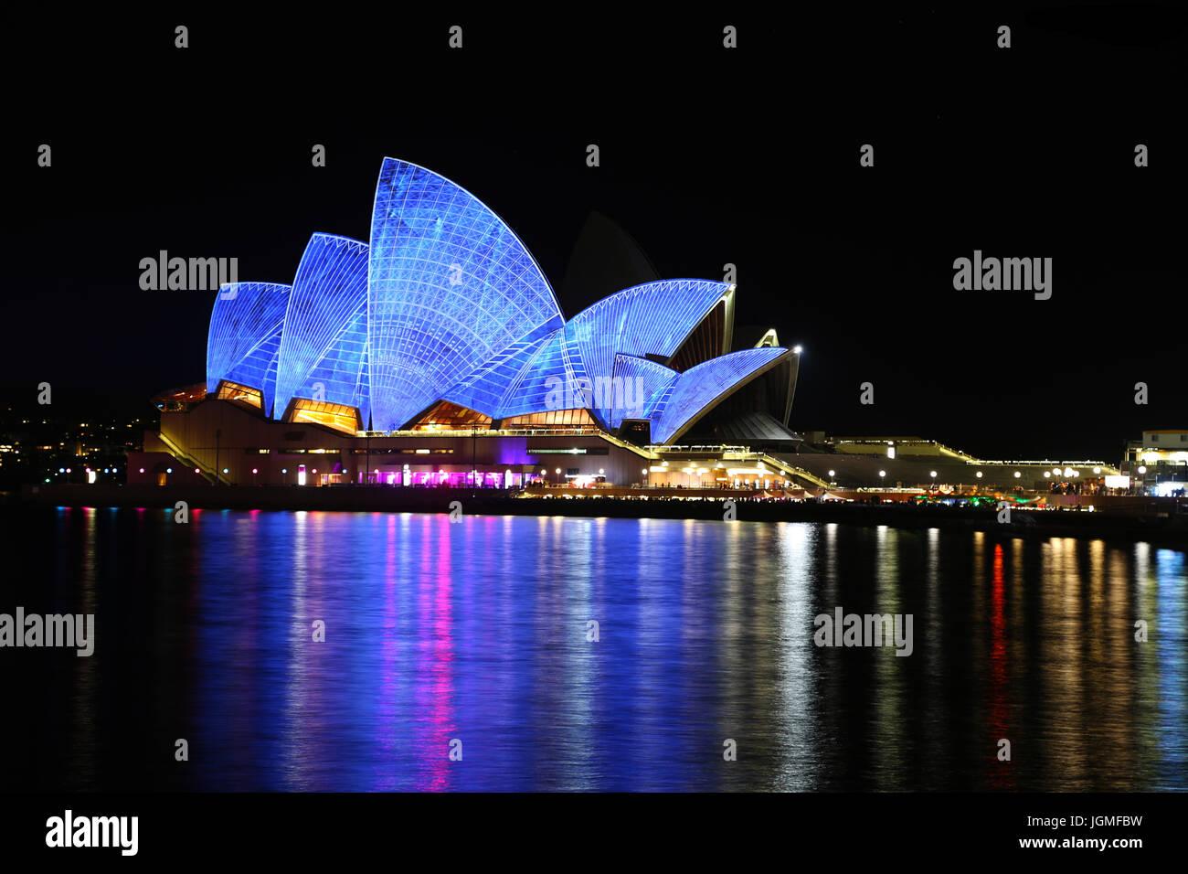 L'Australie, l'Opéra de Sydney la nuit Photo Banque D'Images